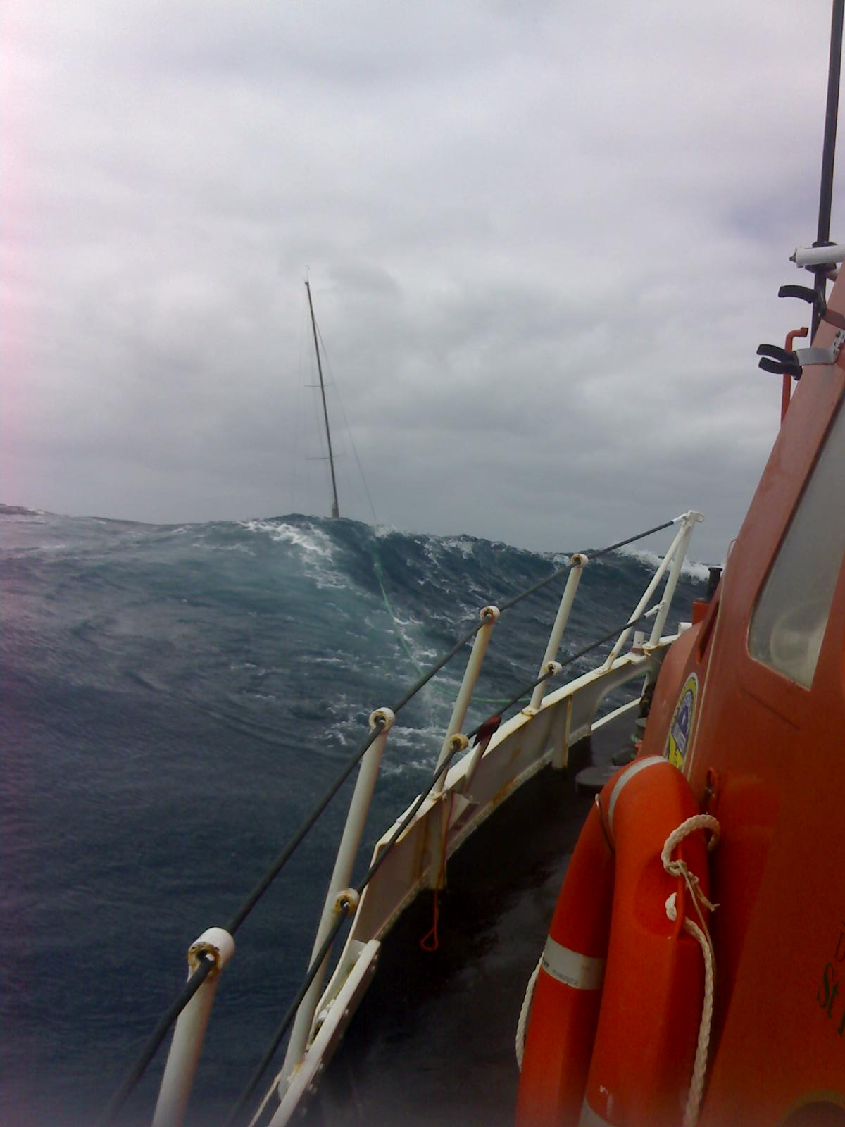 sydney hobart race maximum wave height - photo#15