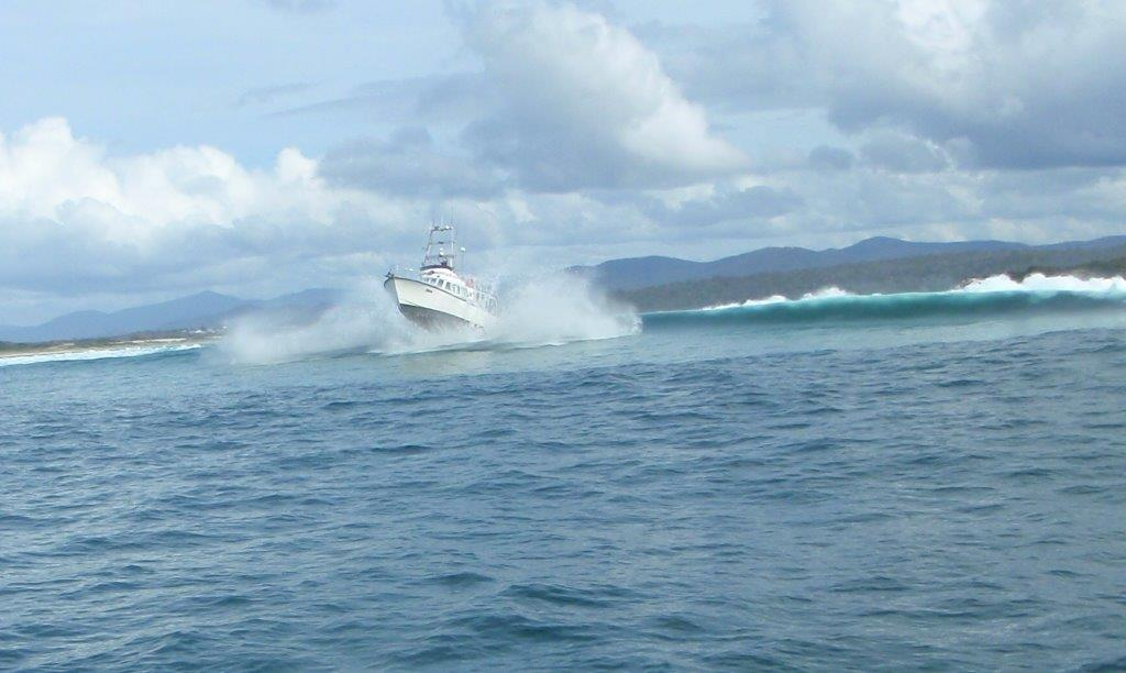 RV Freycinet in Full Flight